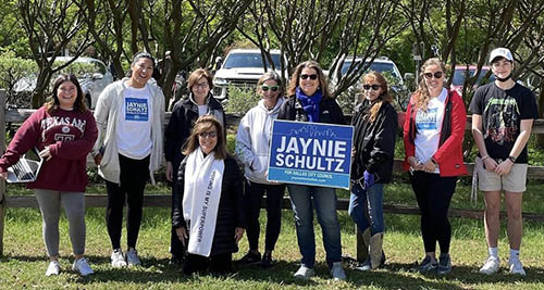 LBJ Women's Campaign School alumna Jaynie Schultz and her campaign team