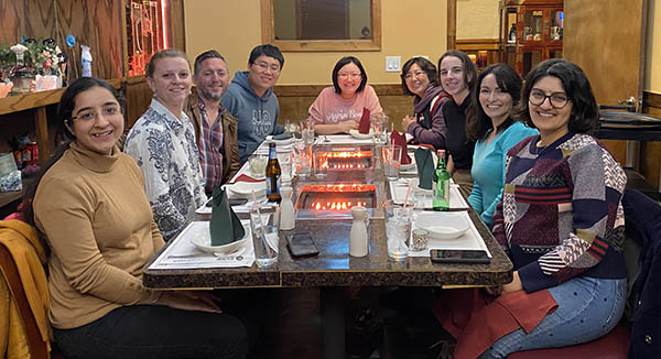 Jiameng Zheng (Ph.D. '21) out to dinner with some of her Ph.D. colleagues