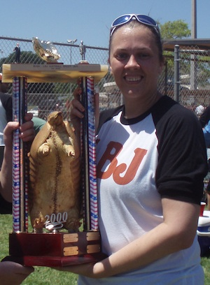 Photo of Julie Lindsey with Dillo Cup Trophy