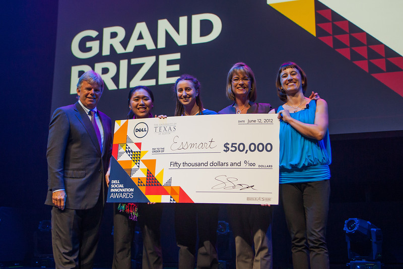 Diana Jue and Jackie Stenson of Essmart, winners of the 2012 Dell Social Innovation Challenge.