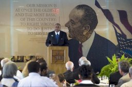 Rodney Ellis speaks at the 2011 Barbara Jordan National Forum